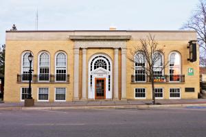 Hildebrand Memorial Library